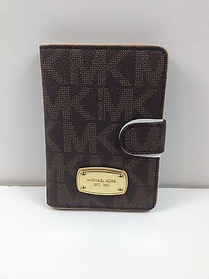 Michael Kors Jet Set Item PVC Passport Case Holder Brown New with tag
