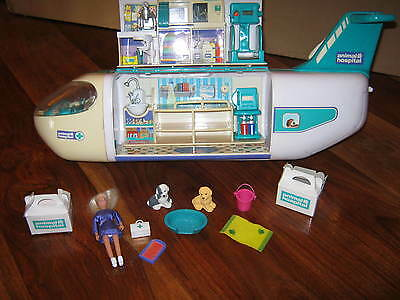 RSPCA Vet ANIMAL HOSPITAL Care and Rescue AEROPLANE with Accessories