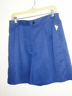 IZOD Golf Women's Shorts Blue Size 12 Pleated Front 100% Polyester NEW