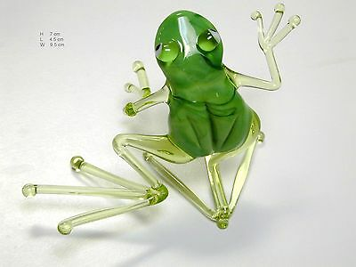 Dancing Green Frog - Hand Made Art Glass Reptiles miniature figurines