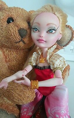 Ooak Ever after high custom doll Apple White