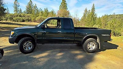 2000 Toyota Tacoma TRD 2000 Toyota Tacoma TRD SR5 4WD A RARE FIND!!! (One Owner, Non-Smoker)