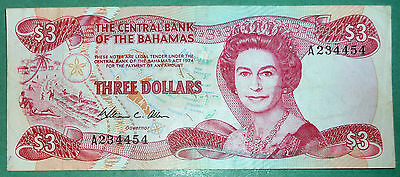 Bahamas, The Central Bank 3 Dollars Note From 1984, P 44, Queen