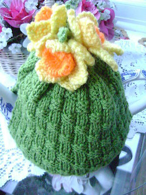 New Hand Knitted Daffodil Tea Cosy~Large