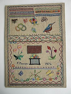 EMBROIDERY SAMPLER PICTURE - FLORAL FAUNA &  STITCH EXAMPLES by F MERRITT 1976
