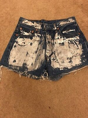 levis Custom Shorts Size 28