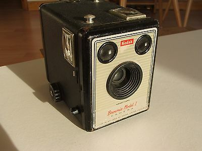 Kodak Brownie Model I Box Camera with Canvas Carrying Bag Made in England