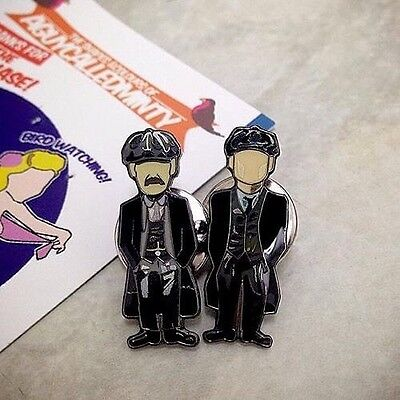 Peaky Blinders Pin Badge Set A Guy Called Minty Casual Connoisseur Rosso Bianco.