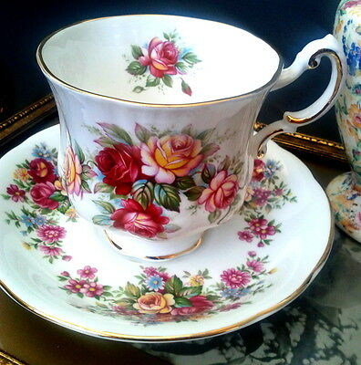 Paragon 'E' Red Pink & Yellow Roses Flower Festival Teacup & Saucer Rose Tea Cup