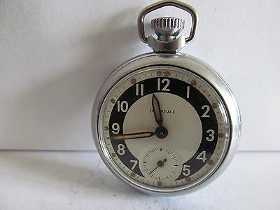vintage ingersoll pocket watch in very good condition and good working order