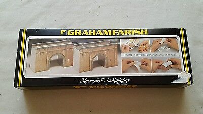 A model railway plastic kit graham farish in N gauge single track bridge