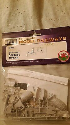 A model railway plastic kit by Dapol in ho / oo of a Scammell scarab & trailer