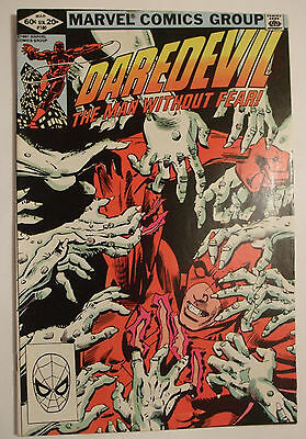 Marvel US Comics, Daredevil No 180. March 1982. Features Elektra.