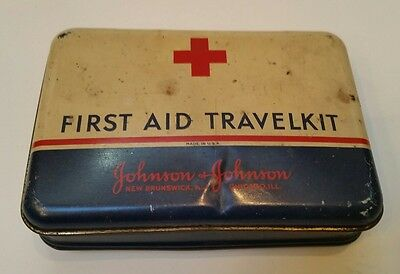 Vintage Johnson & Johnson First Aid Travelkit metal box tin