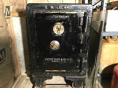 Antique Victor Patent Rolling Floor Safe- Early 1900's  Have Key & Combination