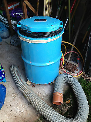 Amxinster tools Yorkleen WV2 dust extractor vacuum and hose