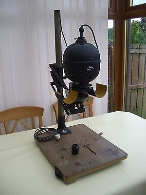 Leitz B&w Photo Enlarger. Complete.