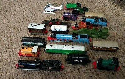 job lot Thomas the tank and friends die-cast trains