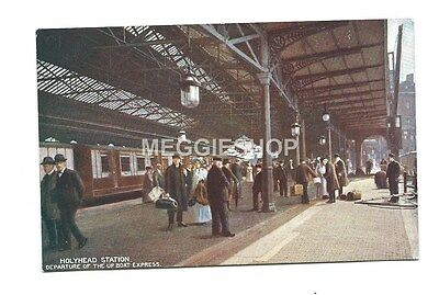 Wales: Anglesey: L&nw Holyhead Railway Station Boat Express Train - Old Postcard