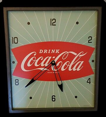 """Coca-Cola 40s reproduction  15 Inch, """"Fish Tail"""" battery operated Wall Clock"""