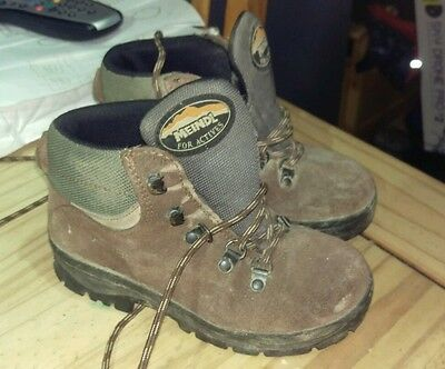 Childs Meindl Walking Boots Size 31 (13)