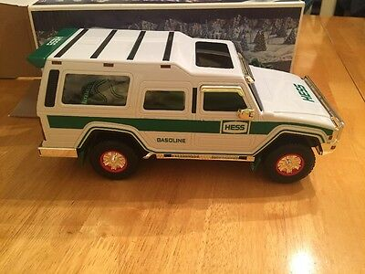 NEW Hess Sport Utility Vehicle And Motorcycles 2004