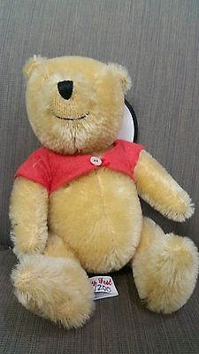 Disney Fest 1997 Official Souvenir Winnie the Pooh by Canterbury Bears 36/200