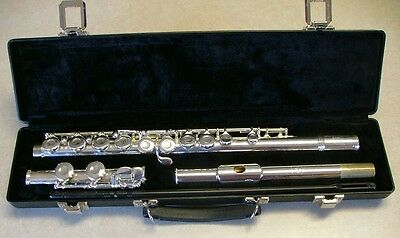 Gemeinhardt Student Flute, 2SP, Professionally Overhauled, Ready to Play!