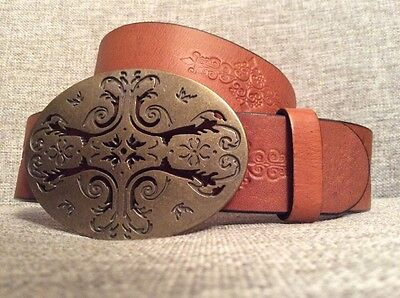 Women's Liz Claiborne Brown tooled leather belt with large round buckle - Small