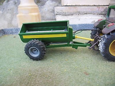 Britains Farm SPECIAL Rotaspreader (Green) (1/32 Scale)