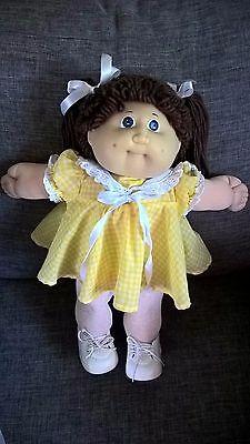 Cabbage Patch Kid lady.