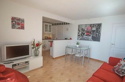 Quiet sea view 2 bedroom self catering holiday apartment in south Gran Canaria