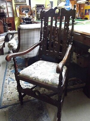 Beautiful Antique oak wood Armchair/Fireside/Cottage Chair