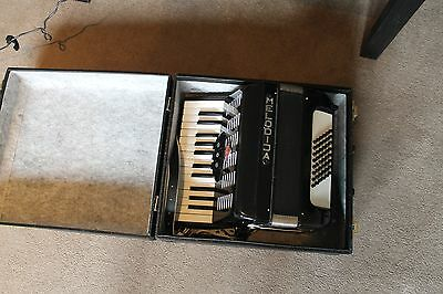 Piano Accordion 48 bass black with case Melodija