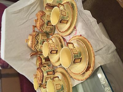 Keeper street pottery tea set with butter dish vgc