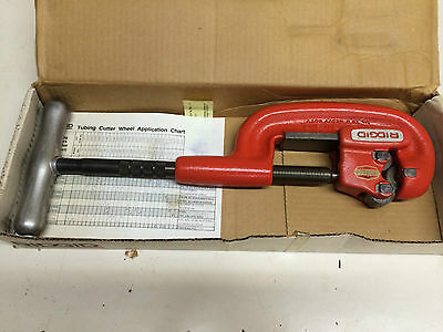 """New Ridgid 32820 Heavy Duty 1/8""""-2"""" Pipe Cutter 2-A Adjustable NOS"""