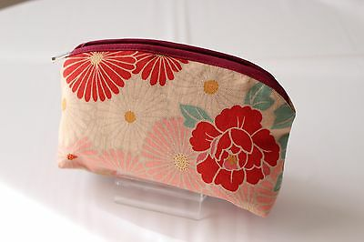 Japanese retro flower pouch / cosmetic bag Made in Japan