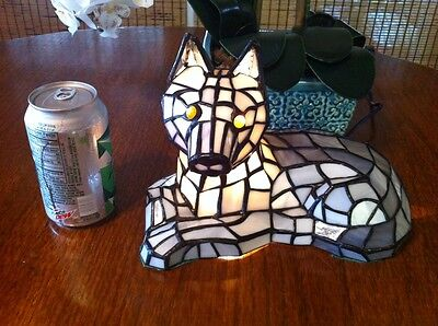 Tiffany Style Night Accent Lamp Stained Glass Collectible Wolf Dog Wolves HTF