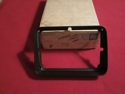 1979,1980,1971 Firebird Trans-Am Formula Nos Gm Head Lamp Trim Bezel