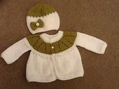 Hand knitted cardigan and hat in white/olive (newborn)