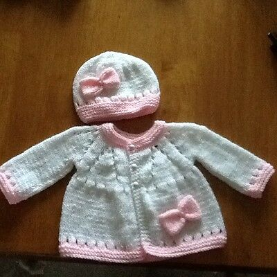 Hand knitted cardigan and hat in white/pink (newborn)