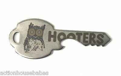 Hooters Collectible Stainless Steel Brewzkey Car Key Chain Owl Bottle Opener