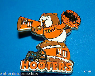 Hooters Restaurant Hu College Hootie University Cheerleader  Football Pin