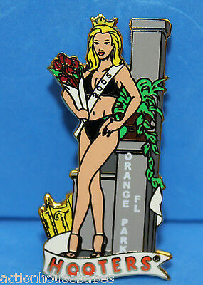 Hooters Restaurant Girl 2005 Local Swimsuit Beauty Pageant Lapel Pin (Namedrop)
