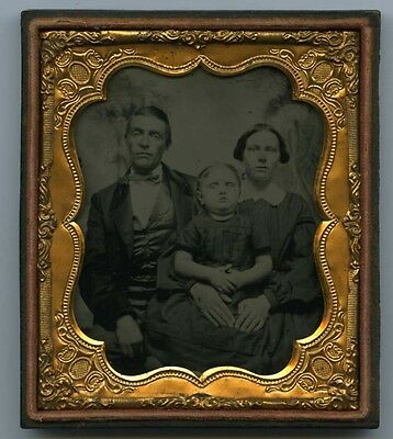 Super Sharp Ambrotype of family- possible post mortem Dad, Mom, little girl