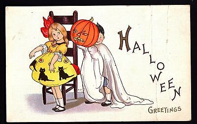 Halloween-Postcard-Girl, boy in ghost outfit