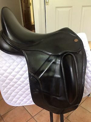 "FAIRFAX 17 1/2"" MONOFLAP Dressage Saddle"