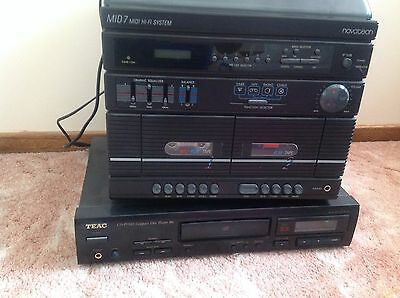 MiD Mini Hi Fi Home Stereo System and CD Player