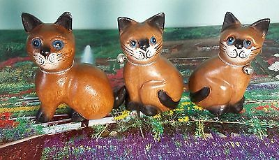 Hand Carved Wooden Cat Statue Figurine Crafted Wood Home Decor Collectible 3 Pcs