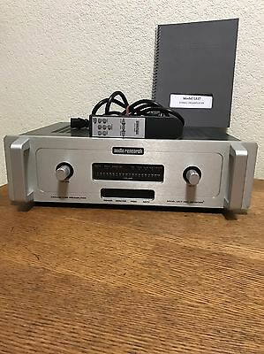 Audio Research Model LS17 Vacuum Tube Preamplifier High Definition Amplifier